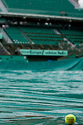 Paris, France. May 26th 2009. .Roland Garros - Tennis French Open. 1st Round..Rain interrupts matches.