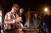 15673Leipzig University Students & Professors visiting Geoffrey Beetem's glass blowing studio