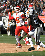Sep 15, 2019; Oakland, CA, USA; Kansas City Chiefs quarterback Patrick Mahomes (15) attempts a pass in the third quarter against the Oakland Raiders at Oakland-Alameda County Coliseum. The Chiefs defeated the Raiders 28-10..(Gerome Wright/Image of Sport)