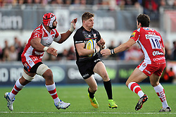 David Strettle of Saracens in possession - Photo mandatory by-line: Patrick Khachfe/JMP - Mobile: 07966 386802 11/10/2014 - SPORT - RUGBY UNION - London - Allianz Park - Saracens v Gloucester Rugby - Aviva Premiership