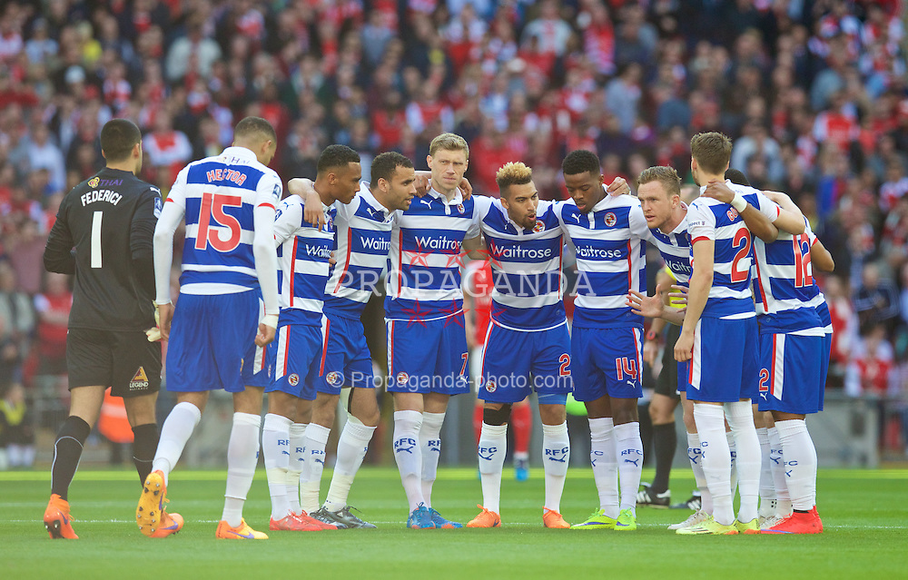 LONDON, ENGLAND - Saturday, April 18, 2015: Reading players before the FA Cup Semi-Final match against Arsenal at Wembley Stadium. (Pic by David Rawcliffe/Propaganda)