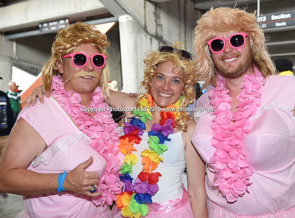 Fans and supporters. NRL Auckland Nines  at Eden Park in Auckland, New Zealand. Saturday 6 February 2016. Copyright photo: Andrew Cornaga / www.photosport.nz