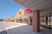 Architectural exterior image of Columbia, MD retail center by Jeffrey Sauers of Commercial Photographics