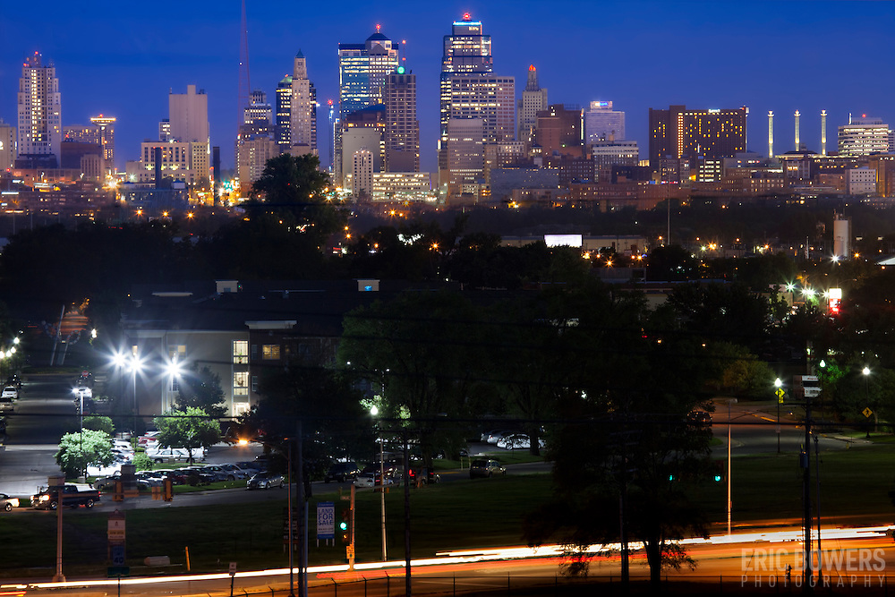 Skyline of downtown Kansas City, Missouri at night, taken from Waterworks Park.