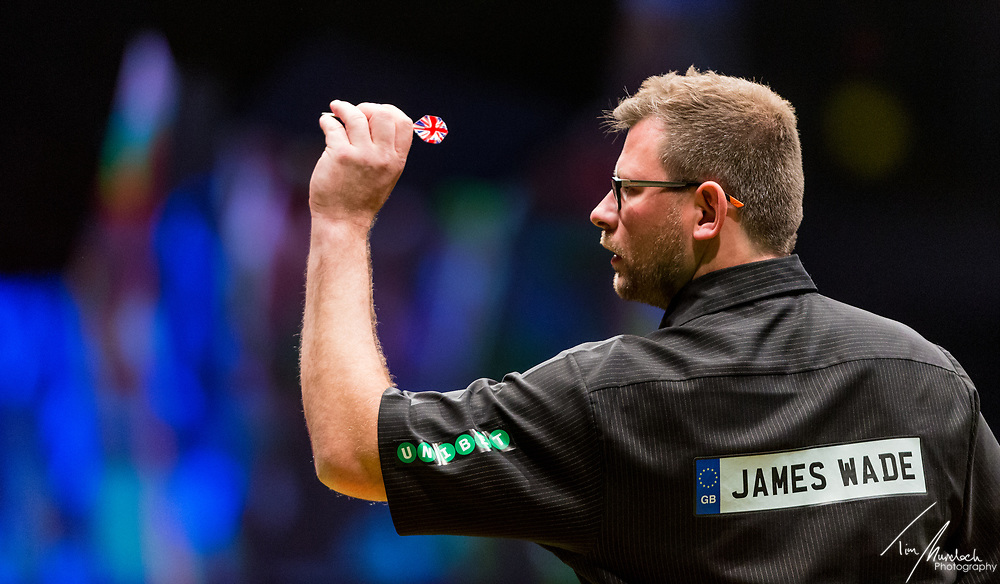 MELBOURNE, Australia - Saturday 19 August 2017:  James Wade during the quarter finals of the Unibet Melbourne Dart Masters at Hisense Arena on Saturday 19 August 2017.<br /> <br /> <br /> Photo Credit: Tim Murdoch/Tim Murdoch Photography