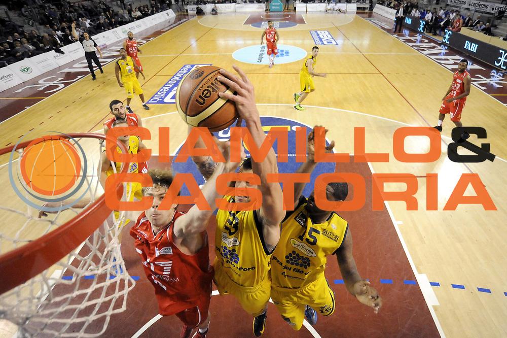DESCRIZIONE : Ancona Lega A 2012-13 Sutor Montegranaro EA7 Emporio Armani Milano<br /> GIOCATORE : Christian Burns Nicolo Melli<br /> CATEGORIA : rimbalzo scelta special tiro<br /> SQUADRA : Sutor Montegranaro EA7 Emporio Armani Milano<br /> EVENTO : Campionato Lega A 2012-2013 <br /> GARA : Sutor Montegranaro EA7 Emporio Armani Milano<br /> DATA : 25/11/2012<br /> SPORT : Pallacanestro <br /> AUTORE : Agenzia Ciamillo-Castoria/C.De Massis<br /> Galleria : Lega Basket A 2012-2013  <br /> Fotonotizia : Ancona Lega A 2012-13 Sutor Montegranaro EA7 Emporio Armani Milano<br /> Predefinita :