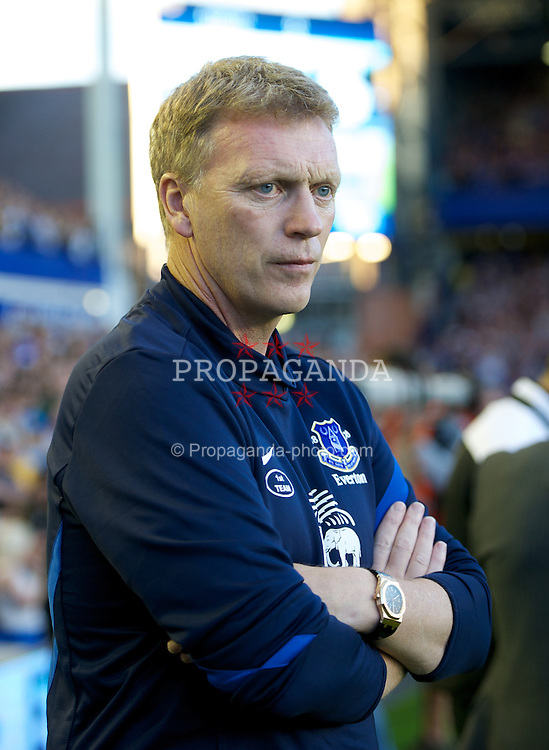 LIVERPOOL, ENGLAND - Monday, August 20, 2012: Everton's manager David Moyes before the Premiership match against Manchester United at Goodison Park. (Pic by David Rawcliffe/Propaganda)