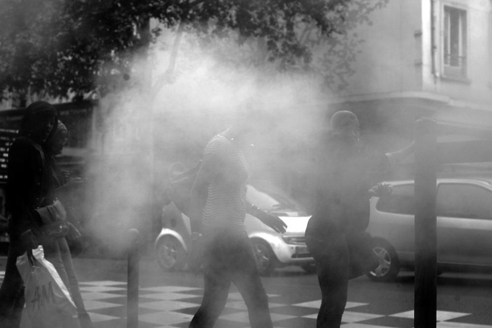 Rue du Chateau d'Eau steam 4, Paris