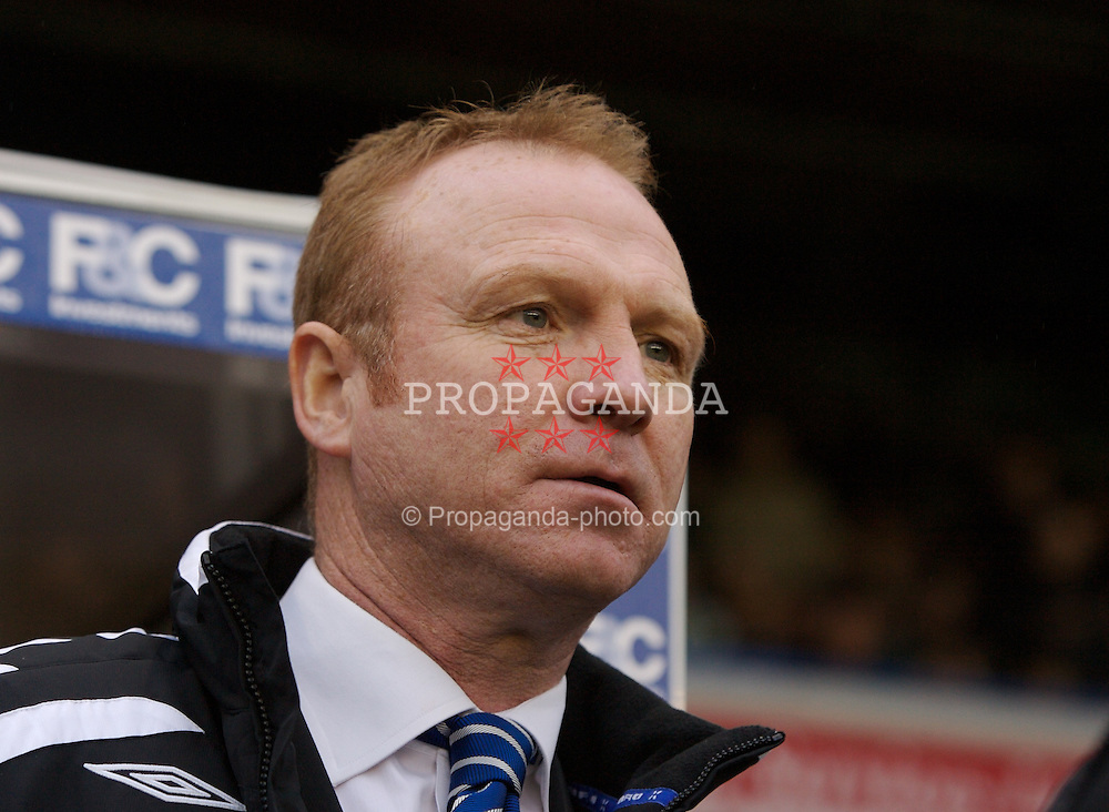 BIRMINGHAM, ENGLAND - Saturday, January 19, 2008: Birmingham City's manager Alex McLeish before the Premiership match against Chelsea at St Andrews. (Photo by David Rawcliffe/Propaganda)