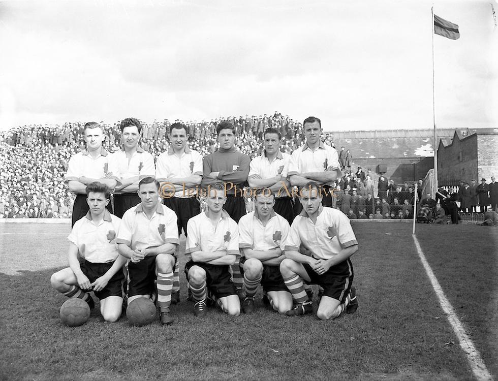 17/03/55<br /> 03/17/1955<br /> 17 March 1955 <br /> League of Ireland v Irish League at Dalymount Park, Dublin. The Irish League Team.