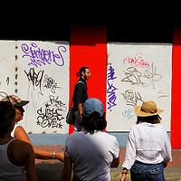 COLOR WHISPERS<br /> Caracas, Poland 2009<br /> Photography by Aaron Sosa