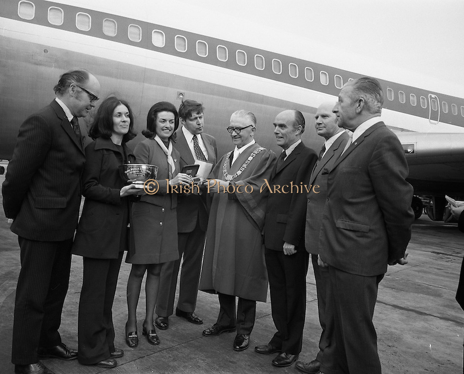 First Direct T.W.A.Flight To Dublin.    (G68)..1974..02.05.1974..05.002.1974..2nd May 1974..Today saw the first direct trans-Atlantic flight direct to Dublin airport from the U.S.A. T.W.A. (Trans World Airways) were the flight operators and the aircraft used was a Boeing 707, registry number N799TW..Pictured at the Boeing 707 aircraft were .Mr R A Sorenson,Counsellor,U.S.Embassy, Miss Anne O'Dwyer (who presented a silver bowl to Mr Fred Mullen), Mr George Burns,VP,Public Relations,T.W.A., .Mr Fred Mullen,Chairman,Dublin City Commissioners, .Mr Liam Boyd, Manager in Ireland,T.W.A.,.Mr Eamonn Ceannt,Director General, Bord Failte and .Mr R.C.O'Connor, Chief Executive, Aer Rianta.