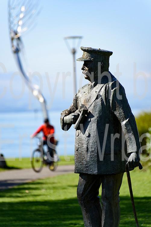 Radler, Bronze-Figur Ferdinand Graf von Zeppelin, Stadtgarten, Friedrichshafen, Bodensee, Baden-Württemberg, Deutschland