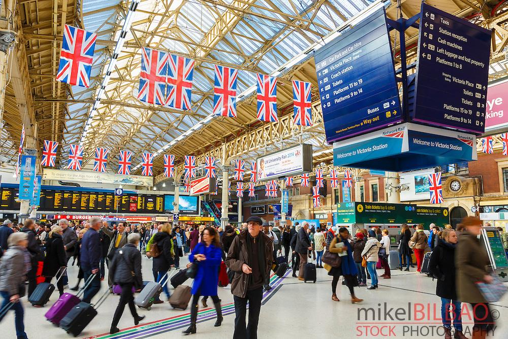 Brighton side concourse in Victoria Station. London, England, United kingdom, Europe.
