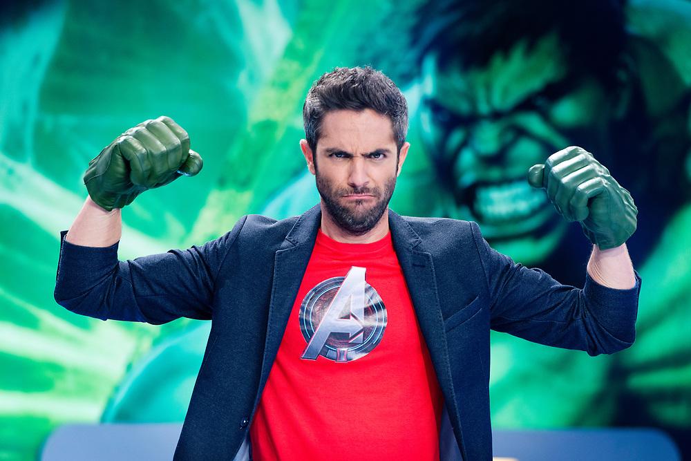 Roberto Leal presentador de Vengadores en Acci&oacute;n.<br /> Disney Channel