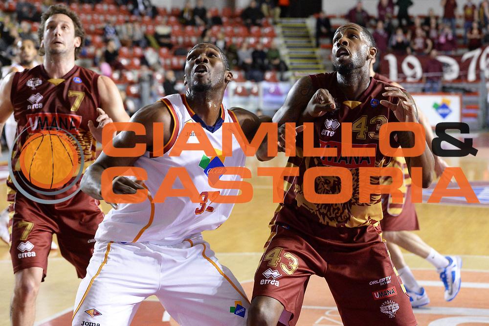 DESCRIZIONE : Campionato 2013/14 Acea Virtus Roma - Umana Reyer Venezia<br /> GIOCATORE : Trevor Mbakwe Tony Easley<br /> CATEGORIA : Tagliafuori<br /> SQUADRA : Acea Virtus Roma<br /> EVENTO : LegaBasket Serie A Beko 2013/2014<br /> GARA : Acea Virtus Roma - Umana Reyer Venezia<br /> DATA : 05/01/2014<br /> SPORT : Pallacanestro <br /> AUTORE : Agenzia Ciamillo-Castoria / GiulioCiamillo<br /> Galleria : LegaBasket Serie A Beko 2013/2014<br /> Fotonotizia : Campionato 2013/14 Acea Virtus Roma - Umana Reyer Venezia<br /> Predefinita :