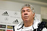 """Fotball, 10. februar 2009 ,Trening foran privat-kampen mellom Norge og Tyskland<br /> Egil Olsen """" Drillo """""""