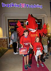 SANTA CLARA, USA - Monday, July 25, 2016: Liverpool's mascot Mighty Red during a visit to Baskin-Robbins in Santa Clara on day five of the club's USA Pre-season Tour. (Pic by David Rawcliffe/Propaganda)