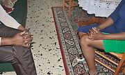 Palermo:Vero, una donna che &egrave; stata vittima della tratta, discute con Isoke Aikpitany le iniziative per  condurre in prima persona battaglie per contrastare il fenomeno della tratta.<br /> Palermo:Vero,a  former victim of human being trafficking together to Isoke Aikpitanyi to discuss initiatives meant to support the victims and  fight against trafficking.