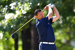 Steve Congemi tees off during the Chick-fil-A Peach Bowl Challenge at the Oconee Golf Course at Reynolds Plantation, Sunday, May 1, 2018, in Greensboro, Georgia. (Dale Zanine via Abell Images for Chick-fil-A Peach Bowl Challenge)