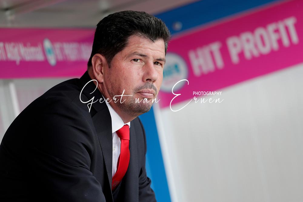 Coach Erwin van de Looi of Willem II