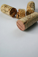 Old, wine corks, broken and unbroken<br />