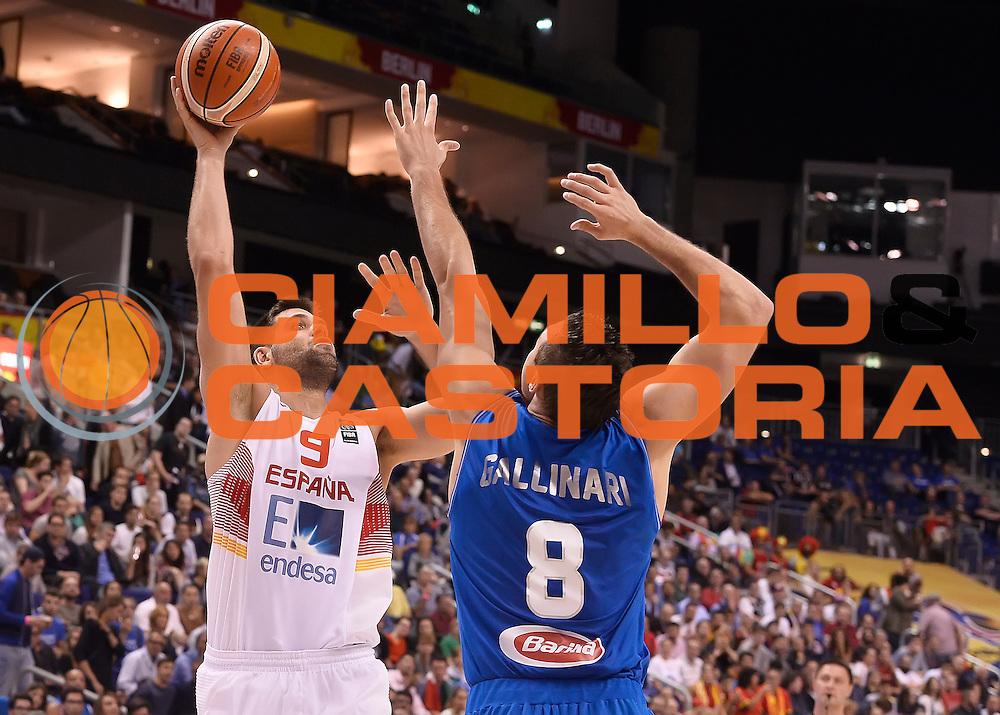 DESCRIZIONE : Berlino Berlin Eurobasket 2015 Group B Spain Italy<br /> GIOCATORE : Felipe Reyes<br /> CATEGORIA : tiro<br /> SQUADRA : Spain<br /> EVENTO : Eurobasket 2015 Group B<br /> GARA : Spain Italy<br /> DATA : 08/09/2015<br /> SPORT : Pallacanestro<br /> AUTORE : Agenzia Ciamillo&shy;Castoria/R.Morgano<br /> Galleria : EuroBasket 2015<br /> Fotonotizia : Berlino Berlin Eurobasket 2015 Group B Spain ItalyGroup B Spain Italy