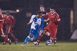 BRISTOL, ENGLAND - Thursday, January 15, 2009: Liverpool's Thomas Ince in action against Bristol Rovers' Nabi Diallo during the FA Youth Cup match at the Memorial Stadium. (Mandatory credit: David Rawcliffe/Propaganda)