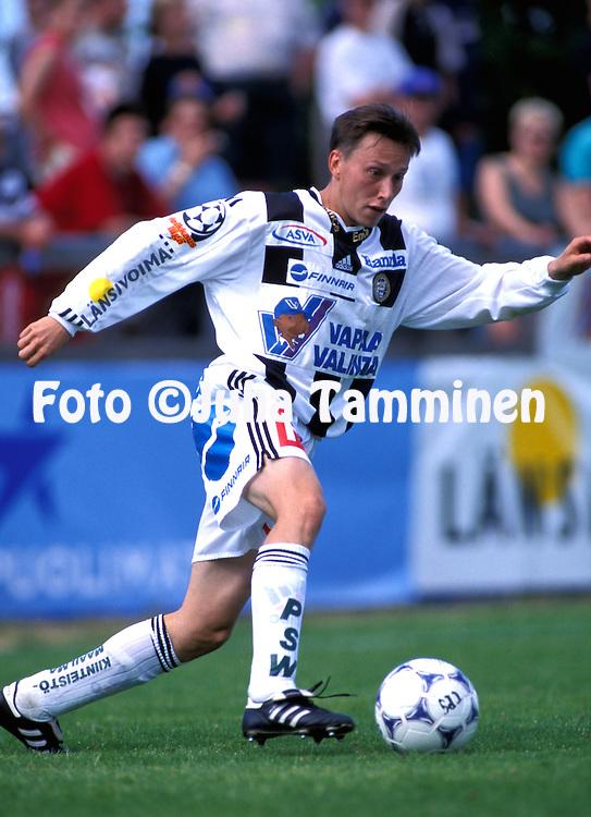 28.07.1999.Saku Puhakainen - Turun Palloseura.©JUHA TAMMINEN