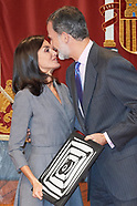112619 Queen Letizia receives Award of the Observatory against Domestic and Gender Violence 2019