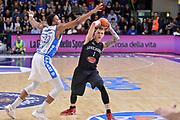 DESCRIZIONE : Beko Legabasket Serie A 2015- 2016 Dinamo Banco di Sardegna Sassari - Pasta Reggia Juve Caserta<br /> GIOCATORE : Micah Downs<br /> CATEGORIA : Passaggio<br /> SQUADRA : Pasta Reggia Juve Caserta<br /> EVENTO : Beko Legabasket Serie A 2015-2016<br /> GARA : Dinamo Banco di Sardegna Sassari - Pasta Reggia Juve Caserta<br /> DATA : 03/04/2016<br /> SPORT : Pallacanestro <br /> AUTORE : Agenzia Ciamillo-Castoria/L.Canu