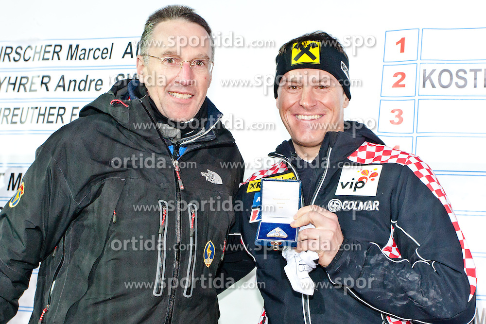 26.01.2013, Streif, Kitzbuehel, AUT, FIS Weltcup Ski Alpin, Abfahrt, Herren, Super G, im Bild Ivica Kostelic (CRO) mit Kitzbuehler Skiclubpraesidenten Dr. Michael Huber bei verleihung des Ehrenzeichens des Skiclub Kitzbuehel // during mens SuperG of the FIS Ski Alpine World Cup at the Streif course, Kitzbuehel, Austria on 2013/01/26. EXPA Pictures © 2013, PhotoCredit: EXPA/ Markus Casna