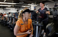 Trainer Marjorie Lisi encourages guests during the cardio interval fitness class at the Biggest Loser Resort in Ivins, Utah September 7, 2010.  The resort affiliated with the popular reality is sold out for the next 8 months. REUTERS/Rick Wilking (UNITED STATES)