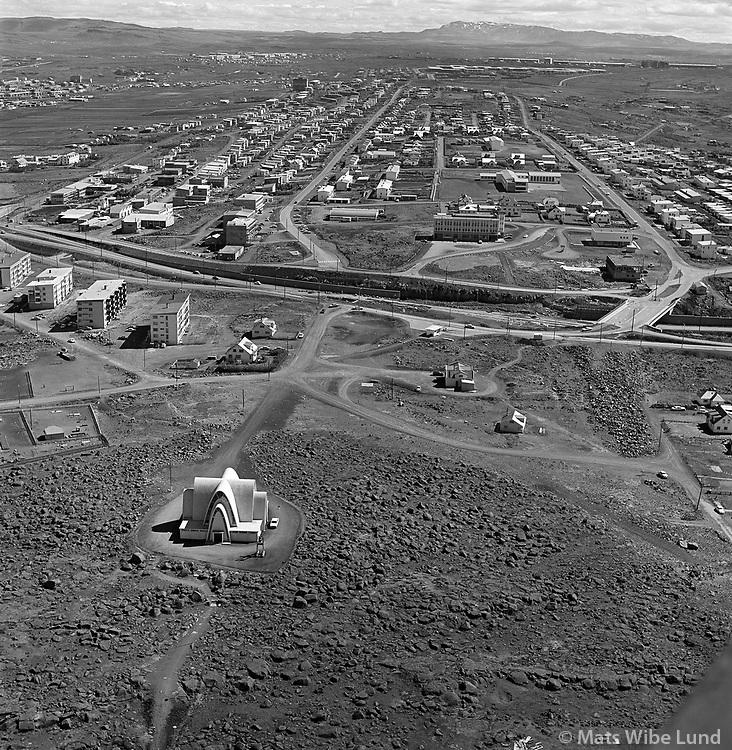 Kópavogur séð til austurs 1972. Kópavogskirkja fremst / Kopavogur viewing east 1972. Kopavogur church in foreground.