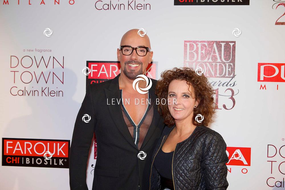 AMSTERDAM - In het Amstel Hotel is weer de Beau Monde Awards 2013 gehouden. Met hier op de foto  Maik de Boer met zijn zus Inki Somsen. FOTO LEVIN DEN BOER - PERSFOTO.NU