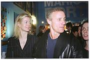 Lady Helen Taylor and Ian Schrager. Mario Testino portraits. National Portrait Gallery. 29/1/02 © Copyright Photograph by Dafydd Jones 66 Stockwell Park Rd. London SW9 0DA Tel 020 7733 0108 www.dafjones.com