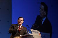 """10 MAR 2002, MAGDEBURG/GERMANY:<br /> Gerhard Schroeder, SPD, Bundeskanzler, waehrend seiner Rede, gemeinsamer Parteitag der ostdeutschen SPD Landesverbaende unter dem Motto:""""Richtung Zukunft. Politik fuer Ostdeutschland."""", Hotel Maritim<br /> IMAGE: 20020310-01-094<br /> KEYWORDS: Party congress, Gerhard Schröder"""