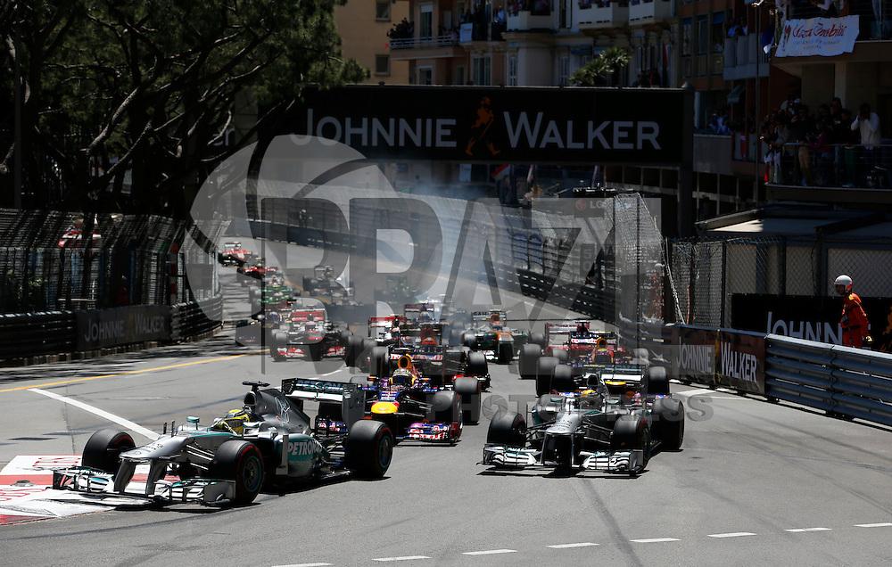 MONTECARLO, MONACO, 26 MAIO 2013 - F1 GP DE MONACO - O piloto alemão Nico Rosberg (a frente) da equipe Mercedes GP , durante o Grande Premio de Monaco de Formula 1, neste domingo. FOTO: PIXATHLON / BRAZIL PHOTO PRESS.