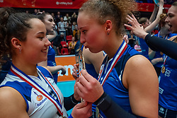 The sisters Emma Rekar #5 of Sliedrecht Sport and Ana Rekar #11 of Sliedrecht Sport kisses the scale. Sliedrecht win 3-0 in the cup final between Sliedrecht Sport and Laudame Financials VCN on February 16, 2020 in De Maaspoort in Den Bosch.