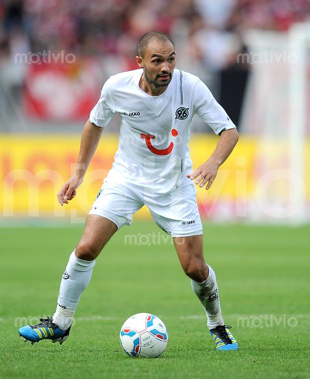 FUSSBALL   1. BUNDESLIGA  SAISON 2011/2012   2. Spieltag 1 FC Nuernberg - Hannover 96          13.08.2011 Sofian Chahed (Hannover 96)