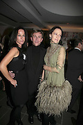 Amanda Harlech, Jasper Conran and Lucy Ferry, Vogue 90th birthday party and to celebrate the Vogue List, Serpentine Gallery. London. 8 November 2006. ONE TIME USE ONLY - DO NOT ARCHIVE  © Copyright Photograph by Dafydd Jones 66 Stockwell Park Rd. London SW9 0DA Tel 020 7733 0108 www.dafjones.com