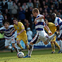 Photo: Tony Oudot.<br />Queens Park Rangers v Sheffield Wednesday. Coca Cola Championship. 10/03/2007.<br />Martin Rowlands of QPR scores from the penalty spot