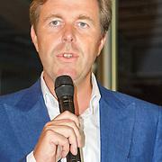 NLD/Diemen/20160831 - Samenwerkingsverband tussen Etos en Woezel & Pip met Dinand Woesthoff en Lucy Hopkins, Directeur Etos Jan Derek Groenendaal