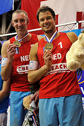 15-01-2012 VOLLEYBAL: CEV SATELLITE TOURNAMENT: AALSMEER <br /> CEV Satellite, het indoor beachvolleybaltoernooi in Aalsmeer / (L-R) Reinder Nummerdor en Richard Schuil winnen de CEV Satellite toernooi<br /> ©2012-FotoHoogendoorn.nl