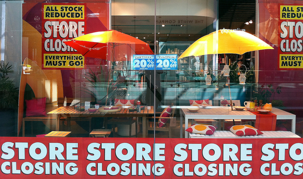 © Licensed to London News Pictures. 26/06/2011. London, UK. 'Store Closing' signs in Habitat today (26/06/2011) at Westfield shopping centre in Shepherds Bush, London. The owner of Argos has bought the Habitat brand in the UK and its three top London stores for £24.5m but the rest of the UK chain has been placed in administration as part of a major restructuring that could result in more than 700 job losses. See special instructions. Mandatory Photo credit : Stephen Simpson/LNP