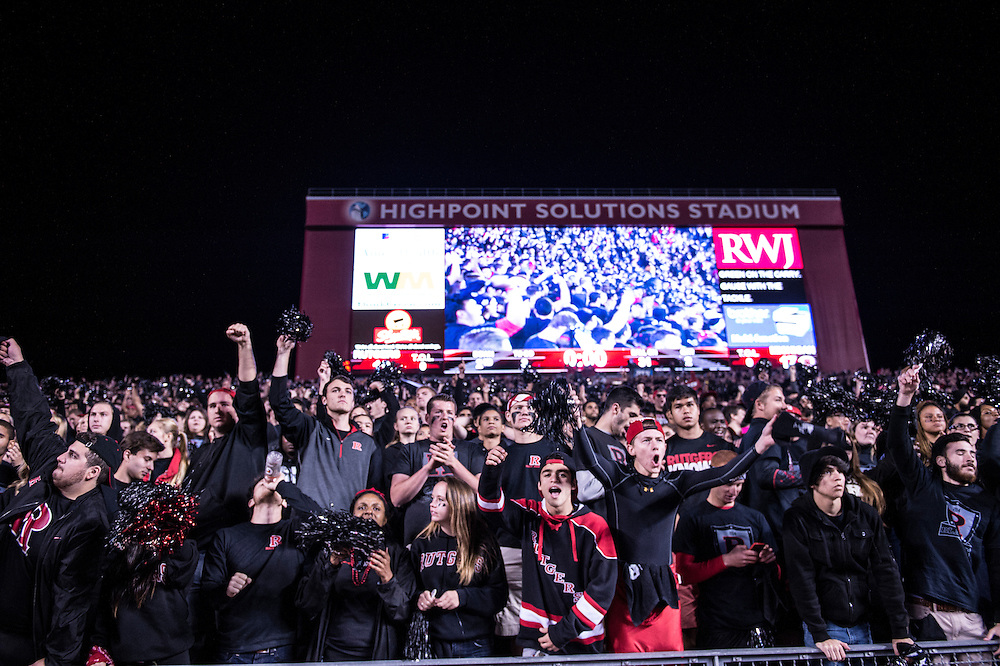 The Rutgers Scarlet Knights football team takes on the Michigan Wolverines at High Point Solutions Stadium on Saturday night, October 4, 2014.<br /> Ben Solomon/Rutgers Athletics