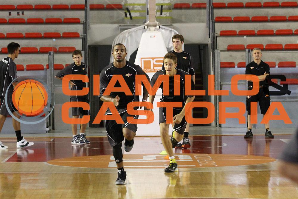 DESCRIZIONE : Roma Lega Basket A 2012-13  Raduno Virtus Roma<br /> GIOCATORE : Bobby Jones<br /> CATEGORIA : allenamento sequenza <br /> SQUADRA : Virtus Roma <br /> EVENTO : Campionato Lega A 2012-2013 <br /> GARA :  Raduno Virtus Roma<br /> DATA : 23/08/2012<br /> SPORT : Pallacanestro  <br /> AUTORE : Agenzia Ciamillo-Castoria/M.Simoni<br /> Galleria : Lega Basket A 2012-2013  <br /> Fotonotizia : Roma Lega Basket A 2012-13  Raduno Virtus Roma<br /> Predefinita :