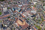 Nederland, Groningen, Gemeente Oldambt,  01-05-2013; centrum Winschoten met links boven midden winkelcentrum 't Rond aan Vissersdijk en Israelplein, onder in beeld Marktplein met Grote Kerk (Marktpleinkerk), de toren 'Olle Witte'.<br /> Small provincial town, marketplace, regional centre (northeast Holland).<br /> luchtfoto (toeslag op standard tarieven);<br /> aerial photo (additional fee required);<br /> copyright foto/photo Siebe Swart