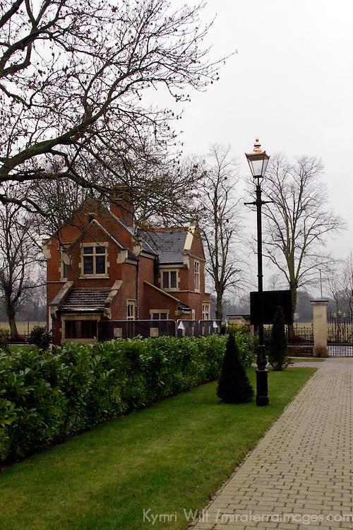 Europe, UK, England, Hertfordshire, Bushey. Gatekeeper's house for historic university.