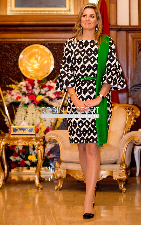 18-11-2015 DHAKA Queen Máxima meets President Abdul Hamid in the Bangabhaban Palace. Queen Máxima visits at the invitation of Bangladesh and as a special advocate of the Secretary-General of the United Nations for inclusive finance for development. COPYRIGHT ROBIN UTRECHT